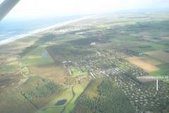 Lage-Bungalow-Luftaufnahme